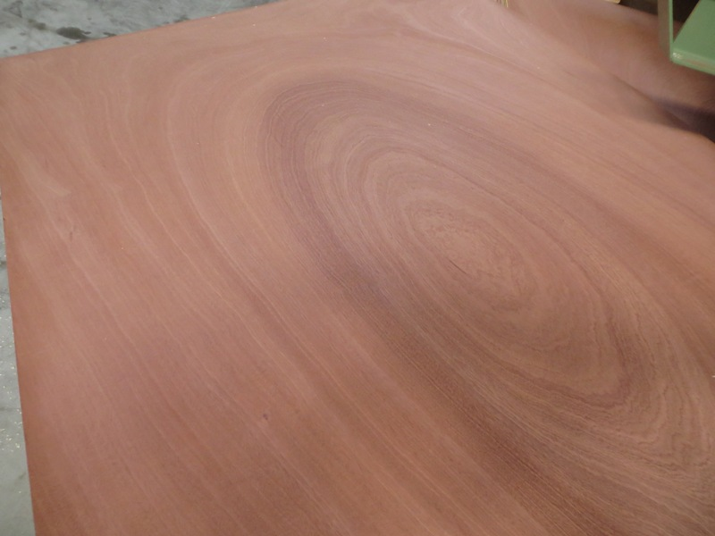 Sperrholz Sapeli 4 mm 244 x 122 cm