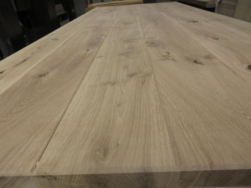 Tischplatte Kantenansicht