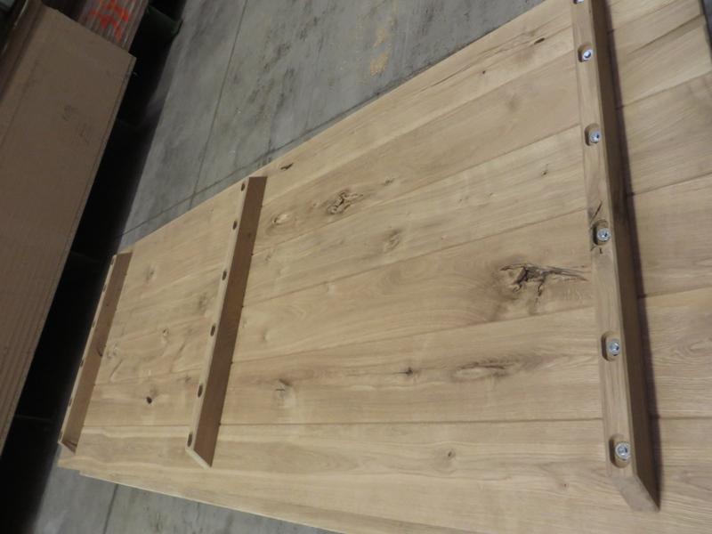 Tischplatte Unterseite