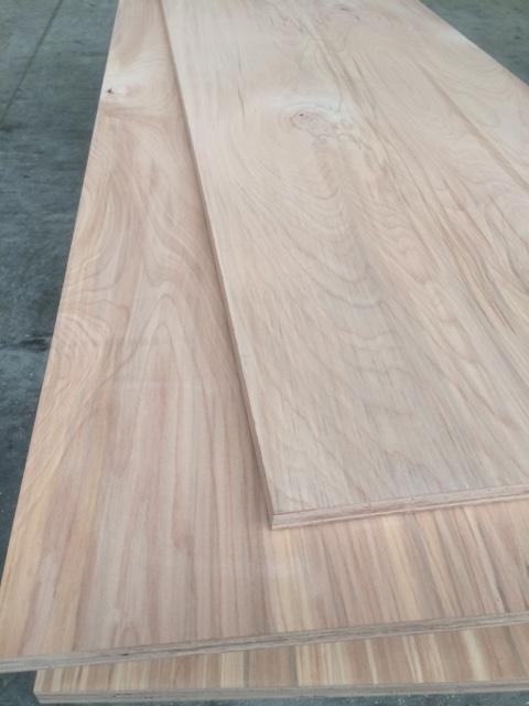 Schichtholzplatte Buche 30 mm II-Wahl geschlossene Oberfläch
